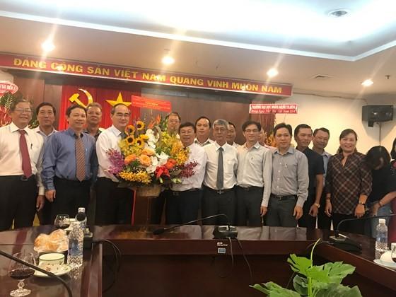 Bí thư Thành ủy Nguyễn Thiện Nhân thăm, chúc mừng Báo Sài Gòn Giải Phóng ảnh 2