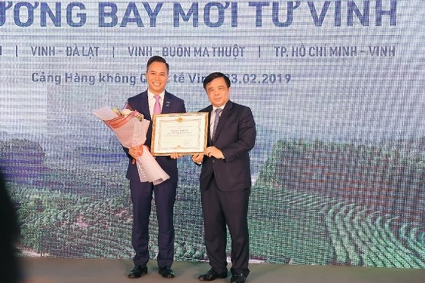 Bamboo Airways launches four local routes connecting Vinh and main cities ảnh 3
