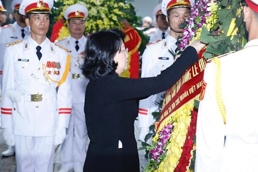 Memorial service of the State funeral for former President General Le Duc Anh ảnh 17