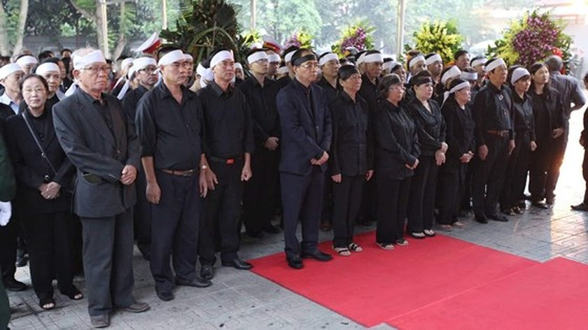 Memorial service of the State funeral for former President General Le Duc Anh ảnh 2