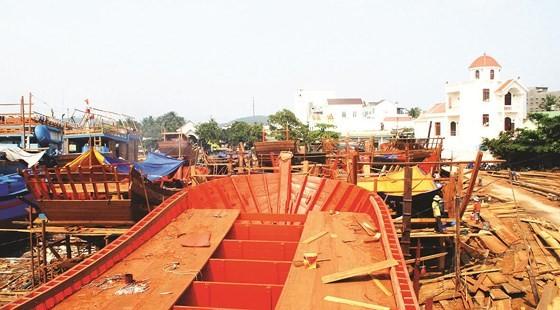 Development of seaside fishing villages in the central coastal region ảnh 3