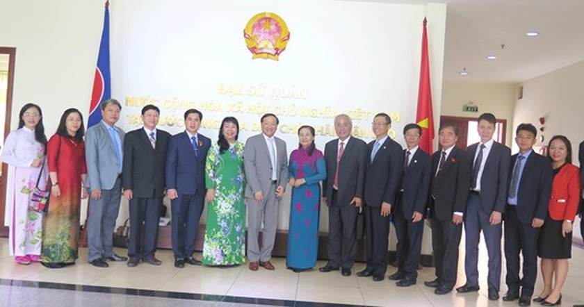 HCMC keens on boosting partnership with Vientiane ảnh 6