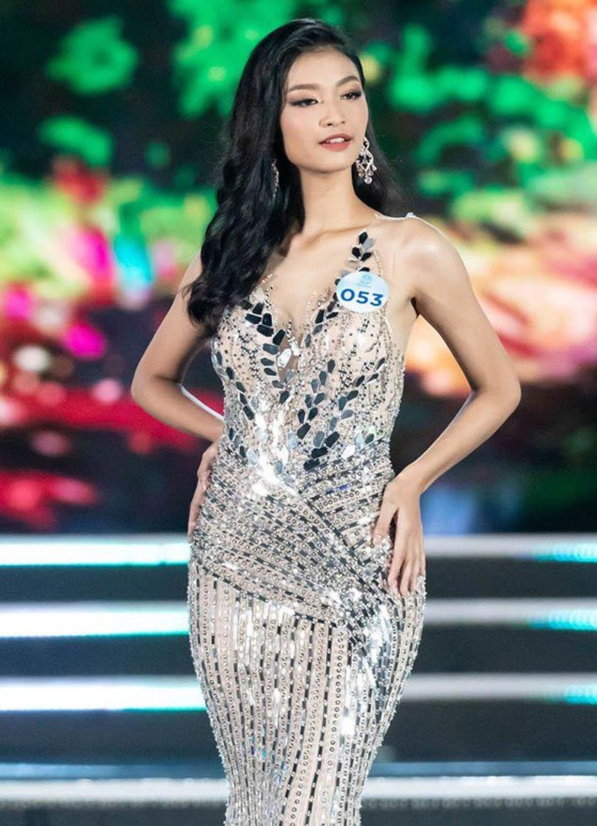 Luong Thuy Linh crowns Miss World Vietnam 2019 ảnh 3