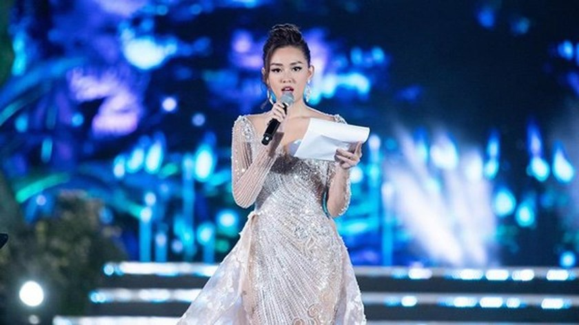 Luong Thuy Linh crowns Miss World Vietnam 2019 ảnh 4