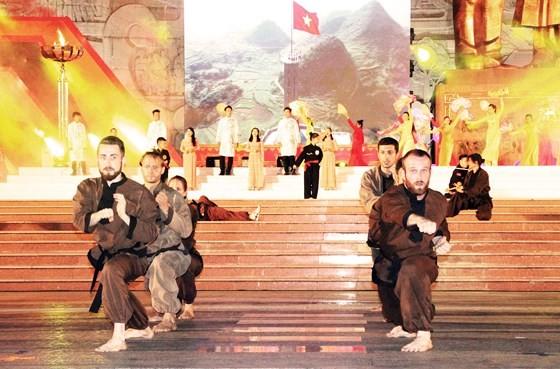 7th int'l traditional martial arts festival kicks off in Binh Dinh ảnh 1
