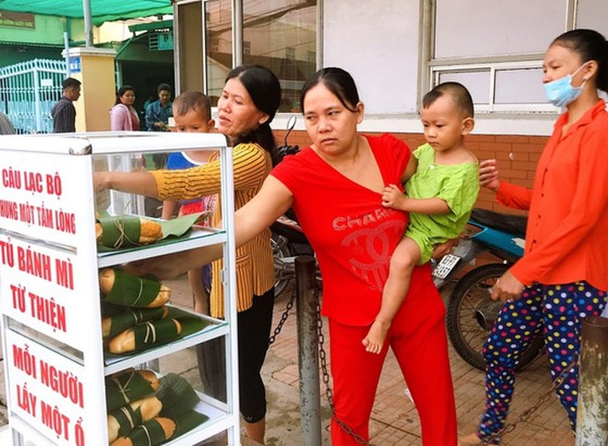 'Green bread' charitable program launched in Soc Trang ảnh 4