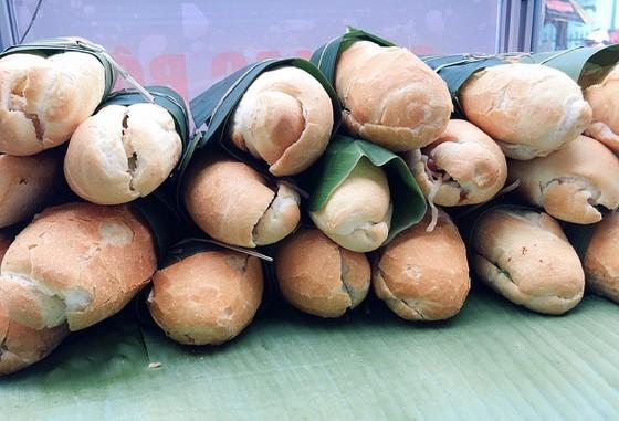 'Green bread' charitable program launched in Soc Trang ảnh 1
