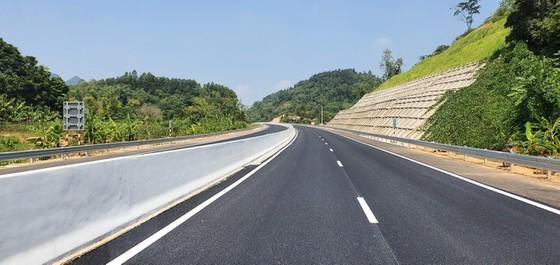 Bac Giang-Lang Son expressway opens to traffic ảnh 3