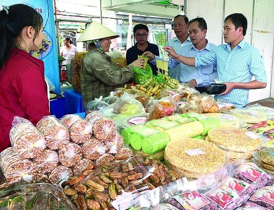 5th Ben Tre Coconut Festival opens ảnh 7