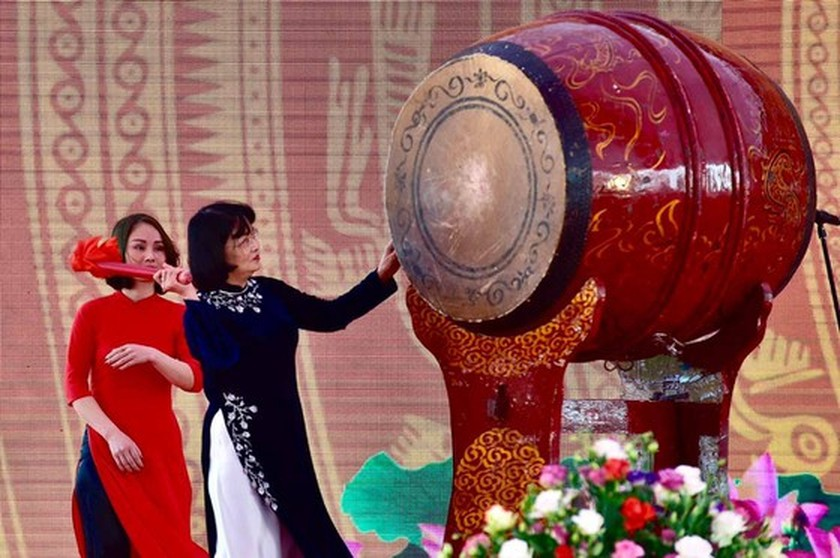Traditional festivals commemorate national heroes, heroines ảnh 1