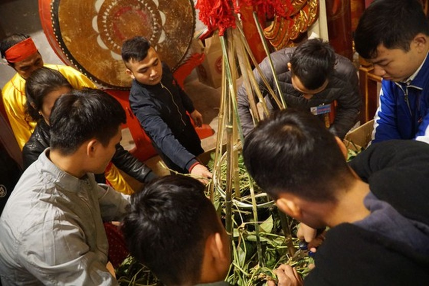 Traditional festivals commemorate national heroes, heroines ảnh 4