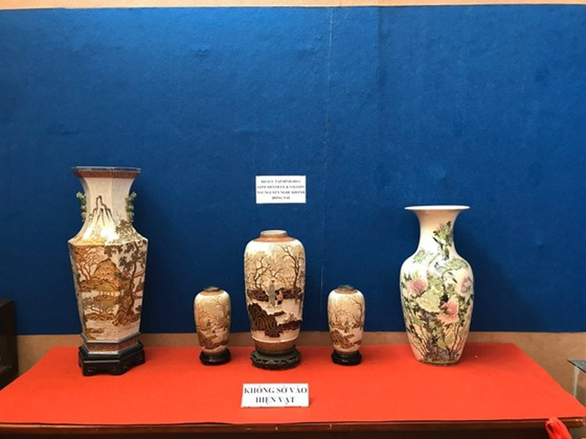 Antiques exhibition opens in An Giang ảnh 6