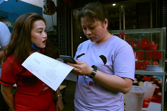 HCMC's District 1 announces temporary closure of public places  ảnh 1