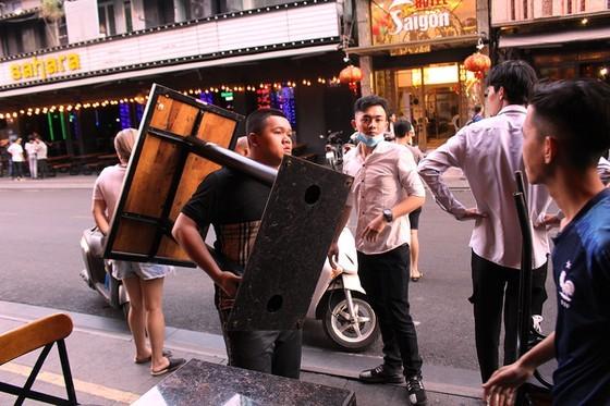 HCMC's District 1 announces temporary closure of public places  ảnh 3