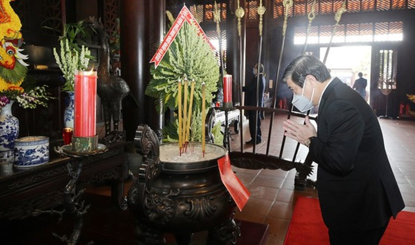 HCMC commemorates death anniversary of Hung Kings ảnh 7