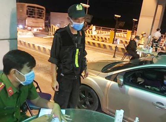 Coronavirus: HCMC continues to order closure of all entertainment facilities ảnh 1