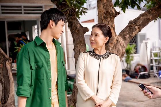 Music video honoring Vietnamese kindness hits 1 million views ảnh 3