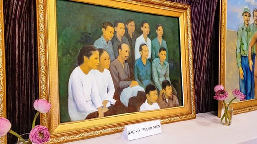 Painting exhibition commemorates President Ho Chi Minh ảnh 1