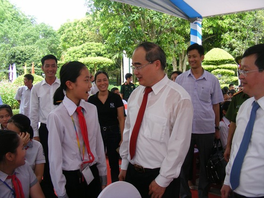 HCMC, Nghe An Province launch corporate work dedicated to late President ảnh 4