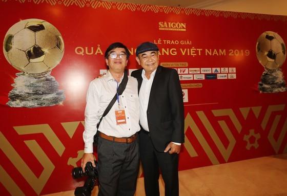Do Hung Dung claims top honour at 2019 Vietnamese Golden Ball Awards ảnh 22
