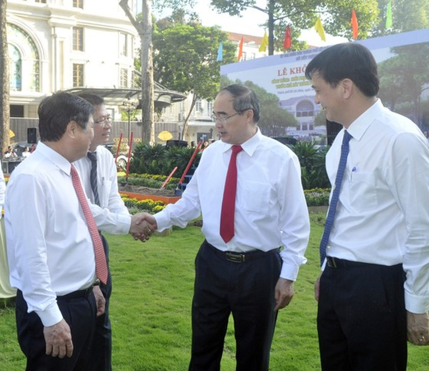 Upgrade, restore project of park in front of HCMC Opera House kicked off ảnh 3