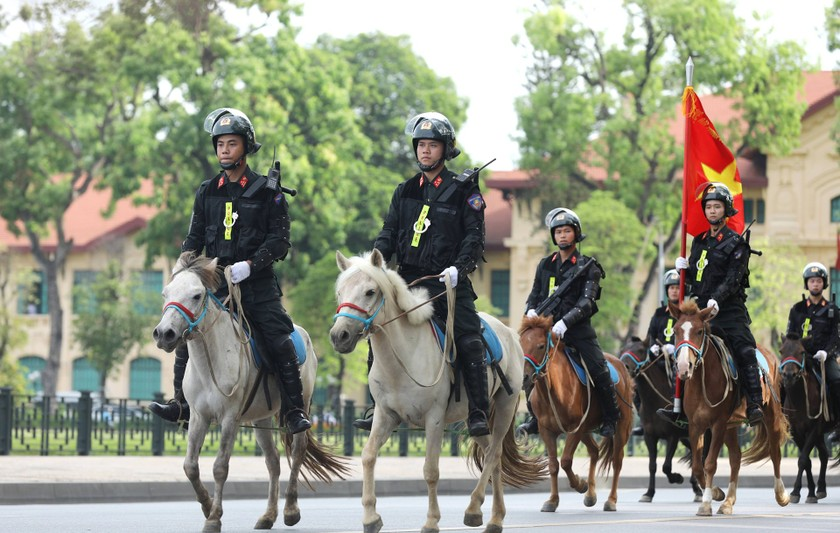 Cavalry Mobile Police Corps introduced for the first time to the public ảnh 2