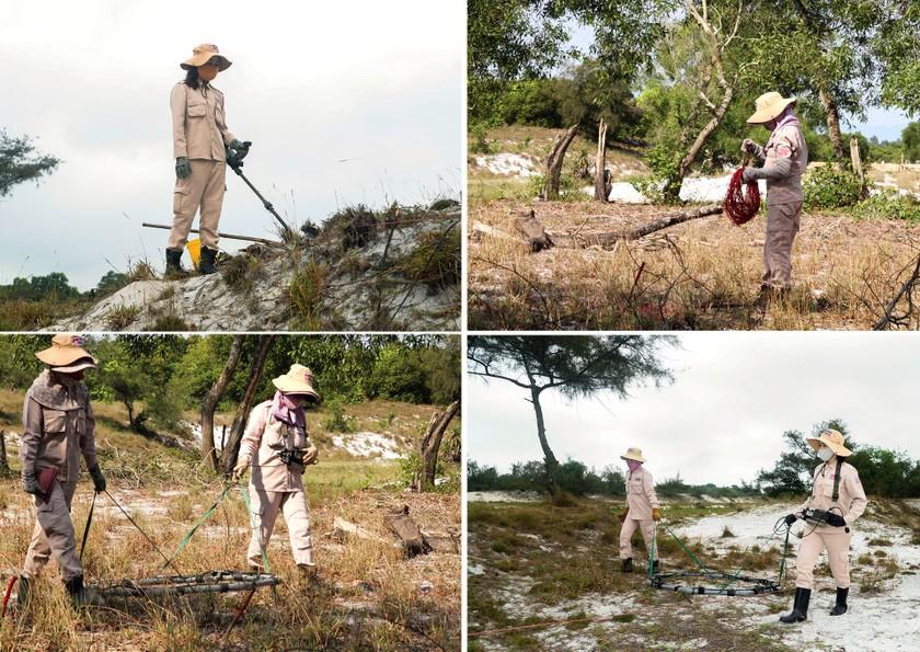 Vietnam's unique female team reclaims mine-contaminated land ảnh 1