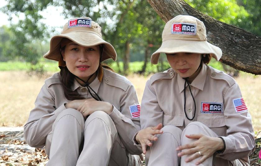 Vietnam's unique female team reclaims mine-contaminated land ảnh 10