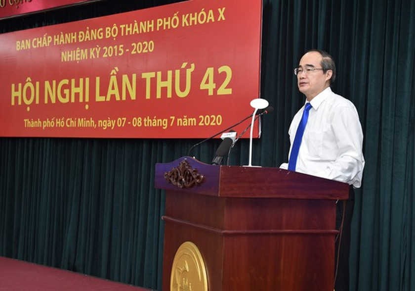 HCMC promptly implements key task of providing COVID-19 relief loans to business ảnh 1