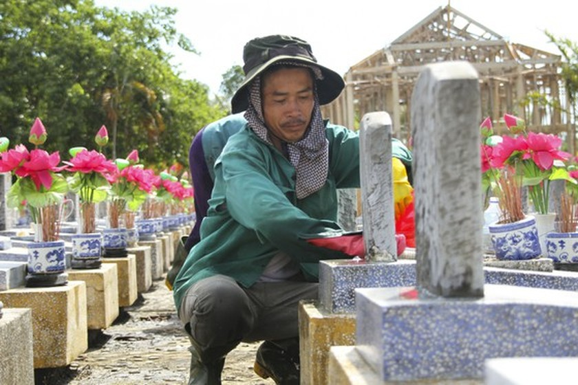 Crowds flock to Quang Tri, the land with fire and sword ảnh 6