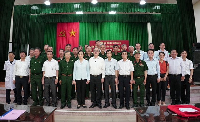HCMC's Party, government, and people show gratitude to war invalids  ảnh 6