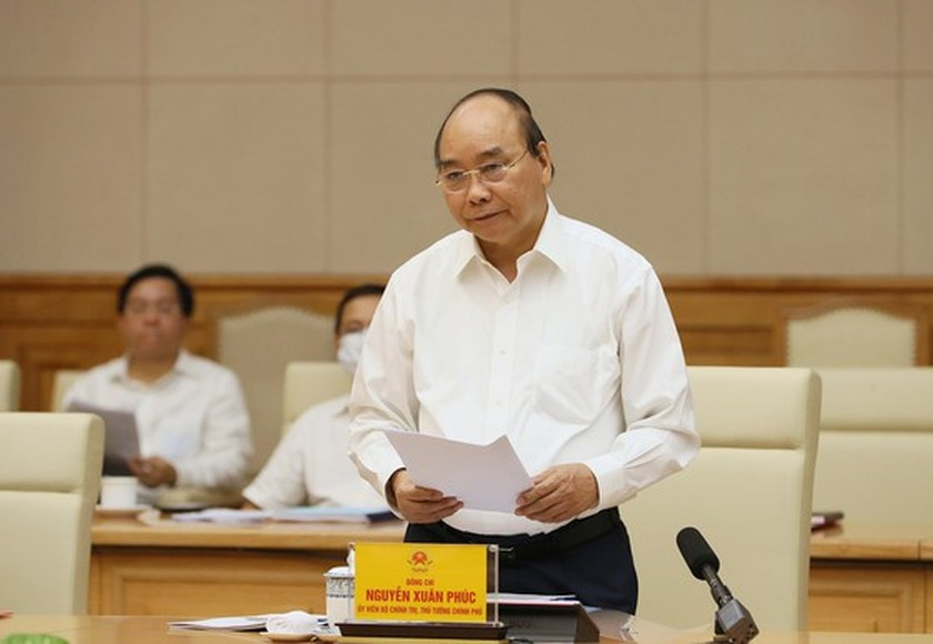 Government meeting debates draft report of 11th HCMC Party Congress  ảnh 2