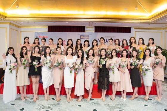 30 first contestants enter Miss Vietnam 2020's semi final exam ảnh 2
