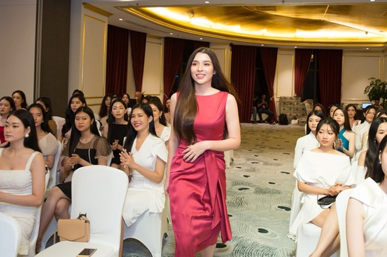 30 first contestants enter Miss Vietnam 2020's semi final exam ảnh 8