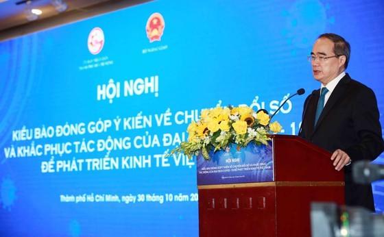 HCMC collects OVs' opinions on digital transformation, economic development ảnh 5