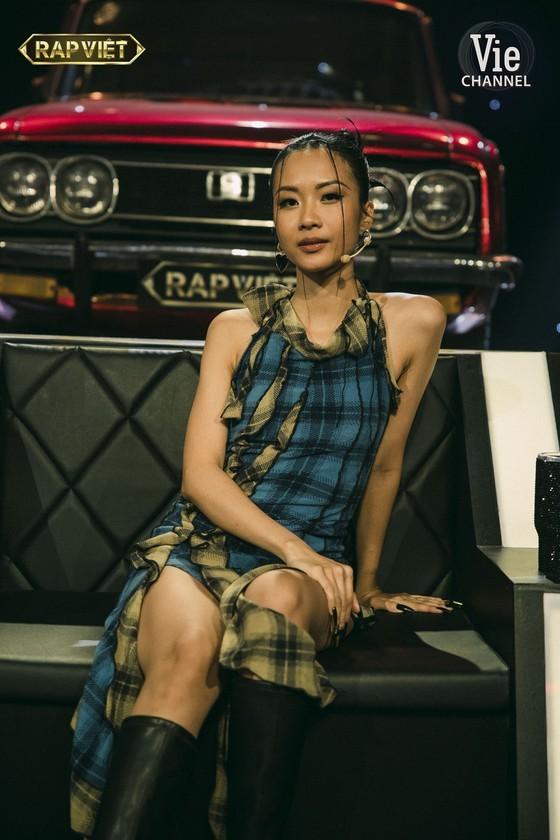 De Choat crowns as winner of Rap Viet competition ảnh 17