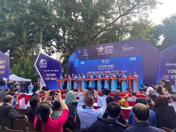 Vietnam Int'l Travel Mart 2020 opens in Hanoi ảnh 1