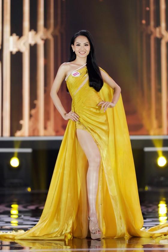 Do Thi Ha wins Miss Vietnam 2020 crown ảnh 13