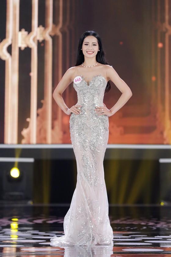 Do Thi Ha wins Miss Vietnam 2020 crown ảnh 14