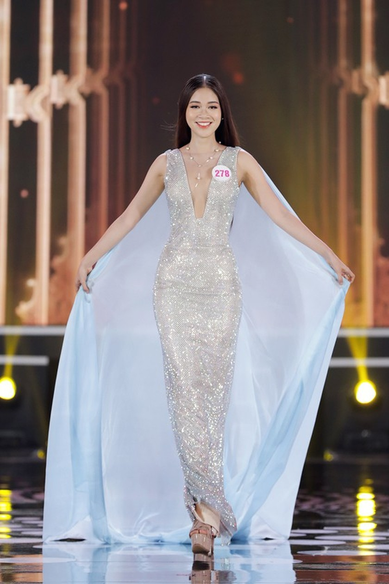 Do Thi Ha wins Miss Vietnam 2020 crown ảnh 18