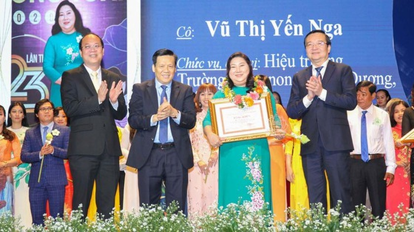 50 outstanding teachers honored with 23rd Vo Truong Toan Awards ảnh 2