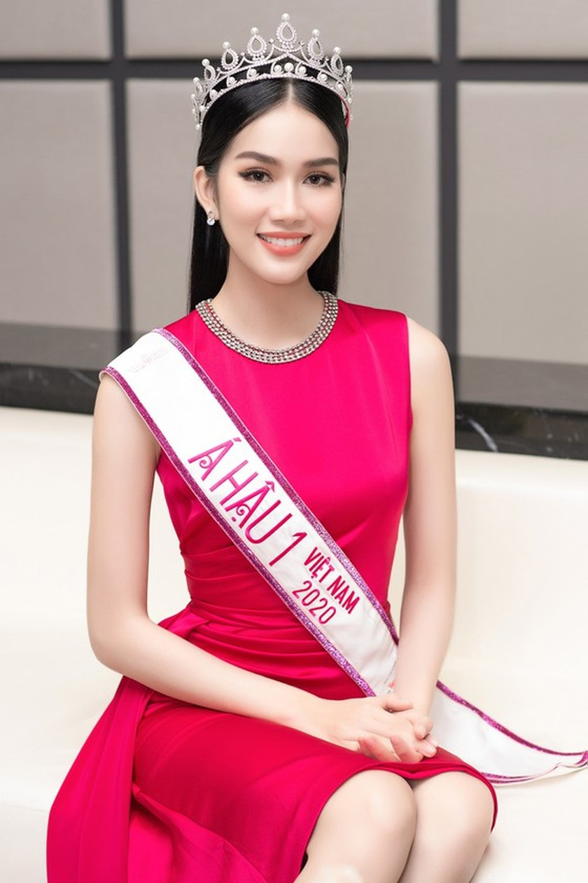 First runner-up of Miss Vietnam 2020 to compete in Miss International 2021 ảnh 4