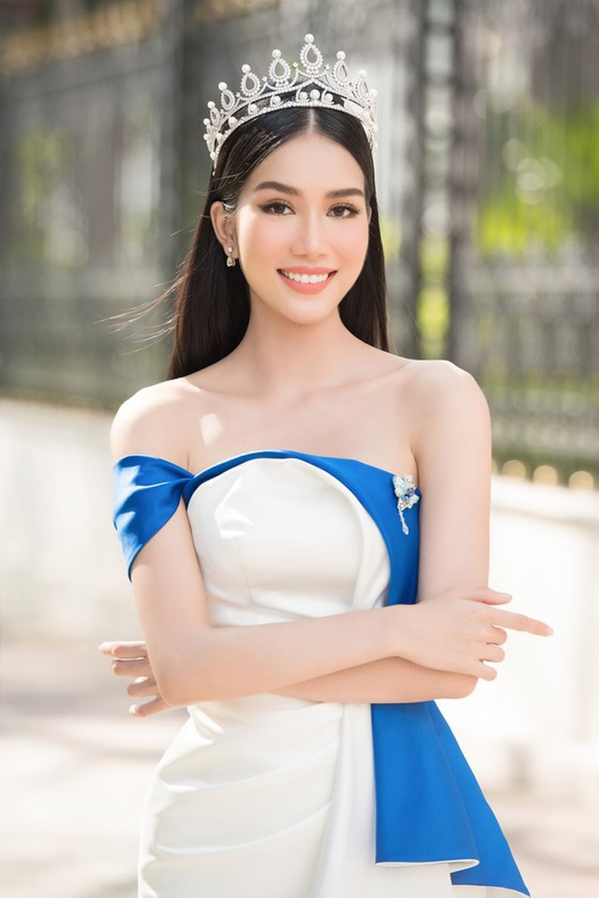 First runner-up of Miss Vietnam 2020 to compete in Miss International 2021 ảnh 8