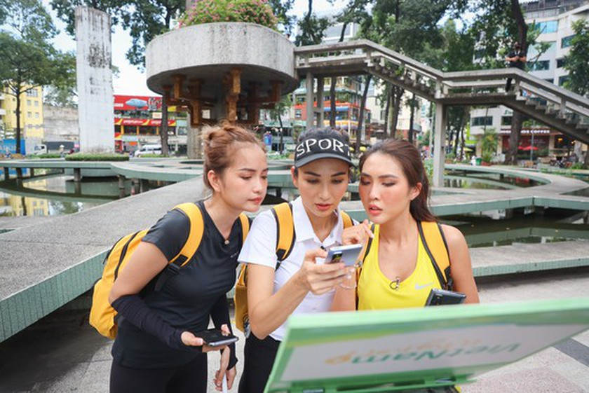 Celebrities join TV reality show to promote domestic tourism ảnh 6