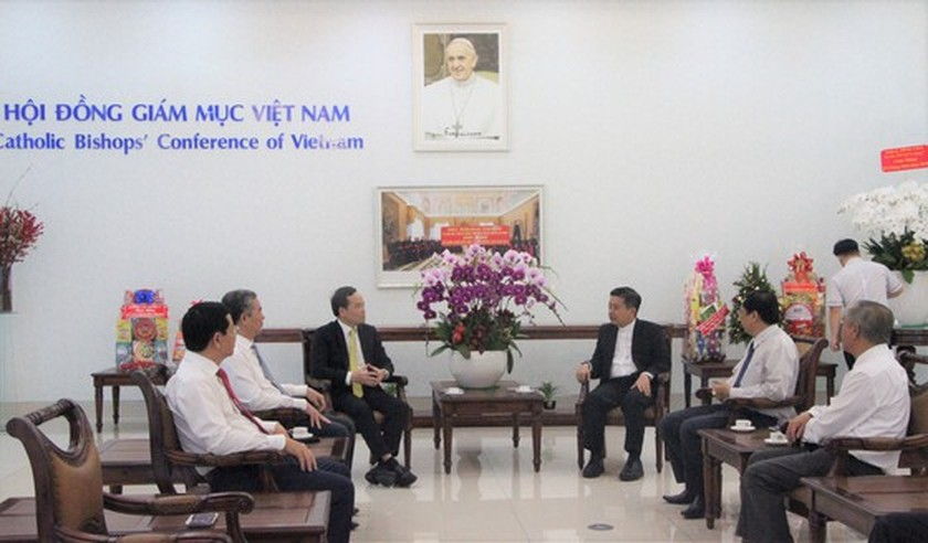 HCMC leaders extend Christmas greetings to Catholics ảnh 4
