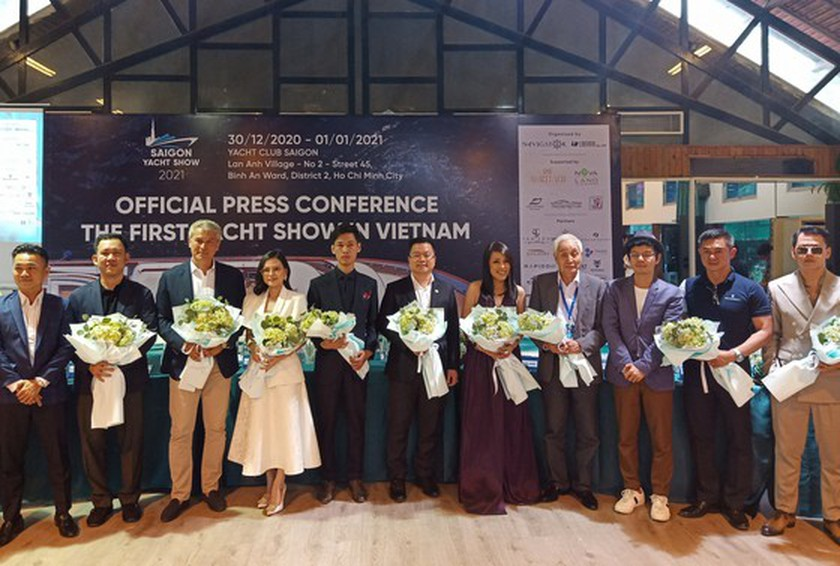 First yacht show opens in city ảnh 2