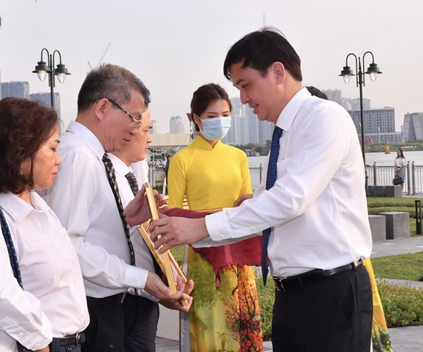 Renovated ancient flagpole in HCMC opens to public ảnh 4