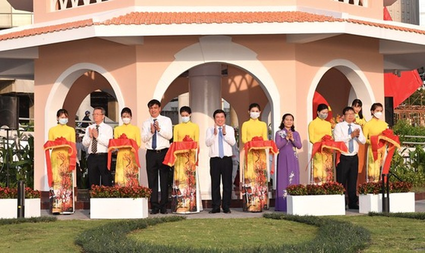 Renovated ancient flagpole in HCMC opens to public ảnh 3