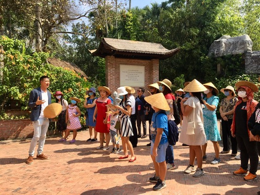 HCMC's tourist spot reopens for visitors ảnh 3