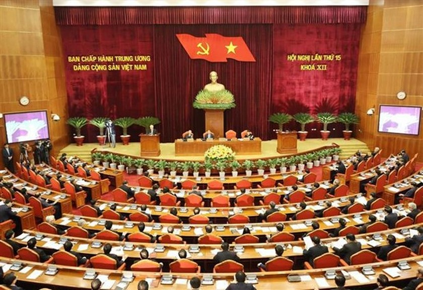 Party Central Committee's 15th plenum focuses on personnel work ảnh 2